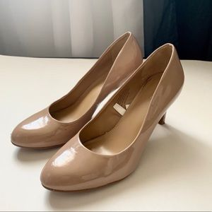 Nude / Tan Patent Leather pumps Heels